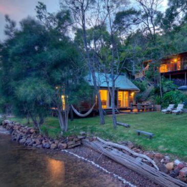 Airbnb sydney hawkesbury waterfront holiday boat house