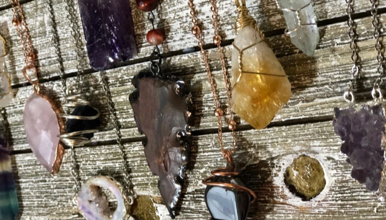 Healing crystal jewelry. Handmade metaphysical wire wrap stones. Chakra jewelry. Druzy, aura crystal