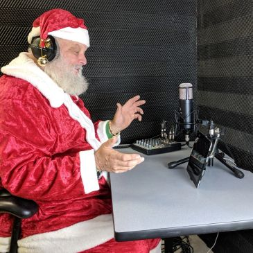 voiceover, vo, voices, santa, riverside, california, podcast, radio, talk, erives, laudenslager
