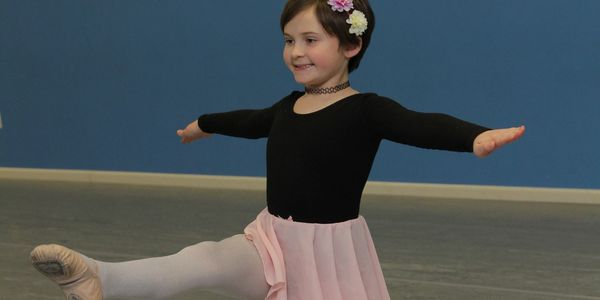 Rutherford Dance Classes at dance studio on Park Ave. Ballet, Jazz, Tap, Hip Hop, Lyrical and Acro.