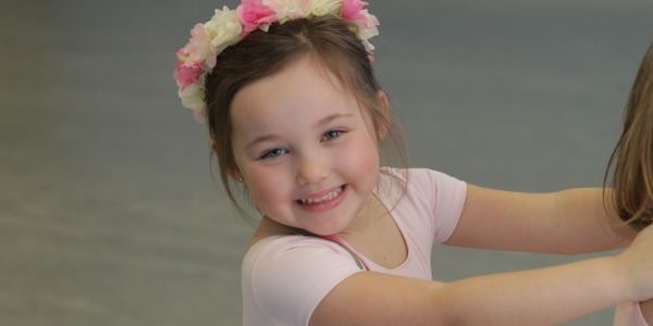 Ballet and Dance classes for toddlers, kids, and teens. Rutherford Dance studio for children. Tap.