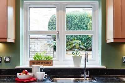 Glaziers and double glaziers. Repairing and replacing windows. Cassidy Glazing And Locks.
