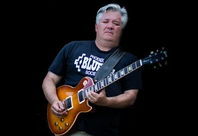 "Darryl ""Big Daddy D"" Porras w his Gibson Les Paul Classic"