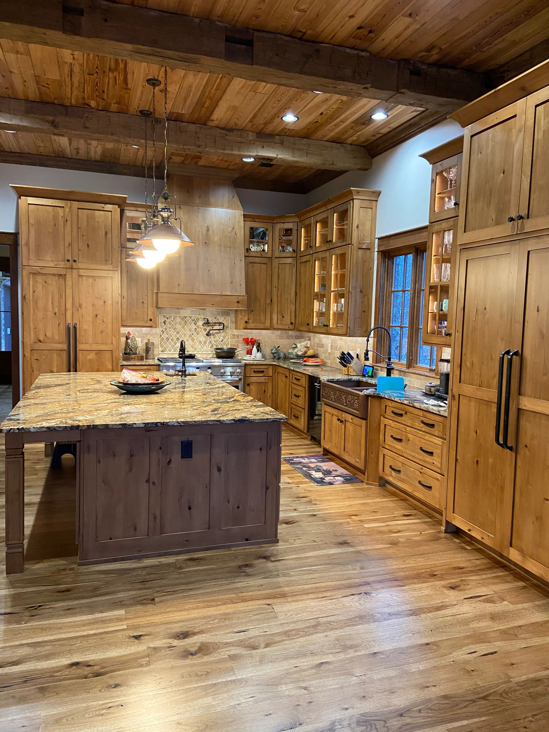 Image of: Gallery Kitchen Cabinetry Stone Counter Tops Oxford Ms