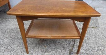 mcm mid-century vintage Living room furniture coffee table tables end side accent