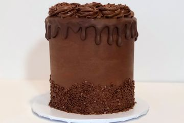 Chocolate lover's Cake with Chocolate Buttercream, Chocolate Ganache drip and Chocolate Sprinkles