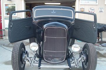 32 ford Hod Rod Upholstery by Wolfman
