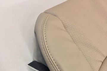 FORD F150 CLOSE UP OF SEAT COVER