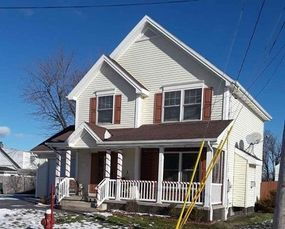 3 bedroom house for sale: 122 Burns Ct in Tonawanda NY.