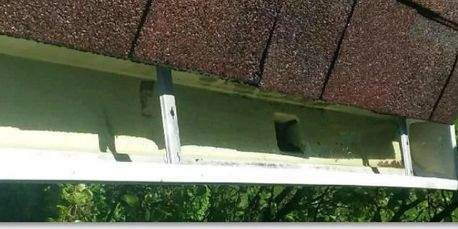 Gutter Cleaning Oswego IL