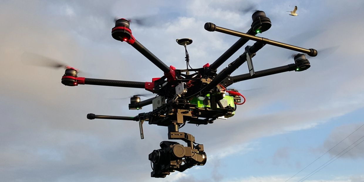One of our many training air frames, the classing DJI S900