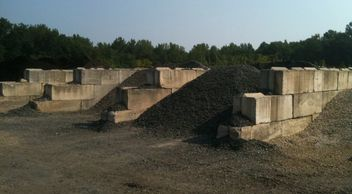 Mulch Soil Stone Bulk Gravel Composite Modified Concrete