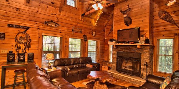 Fat Rabbit cabin - 5 bedroom log cabin.  Perfect for vacation rental and Poconos bachelor parties.
