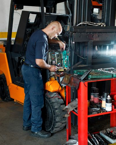 Forklift service  in Los Angeles Forklift service  in orange county Forklift service & repair