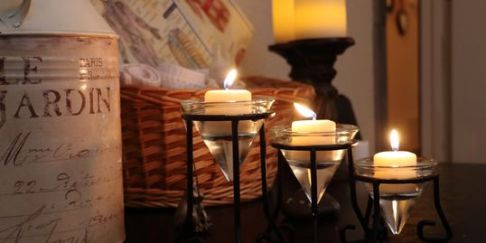 Relaxed, soothing, serene environment. Candles and smooth mood atmosphere. Good vibes, healing room.