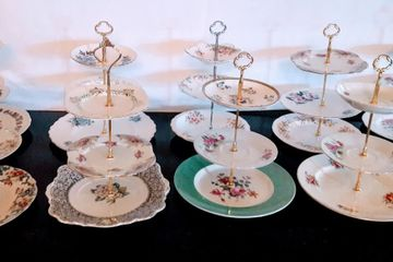 Vintage Cake Stand Hire Herts Beds Bucks Cambs London