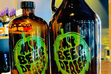 Growler bottle Squealer bottle Sydney Melbourne Brisbane Perth  Adelaide Tasmania Craft beer tshirt