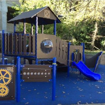 Green Site sells playgrounds