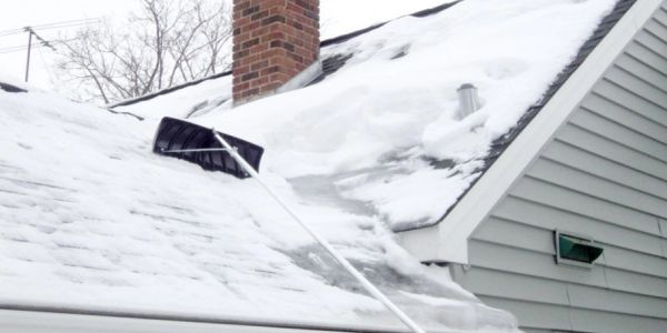 roof snow removal in Moncton New Brunswick