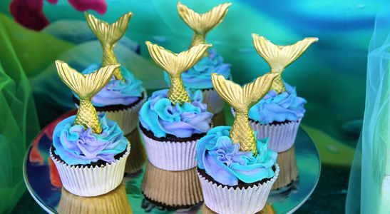 Mermaid cupcakes / fishtail cupcakes part of Pop the Balloon! Children's Parties & Events package
