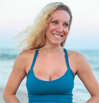RACHEL FELDMAN, HAMPTONS BARRE & YOGA INSTRUCTOR, HAMPTONSFIT.COM