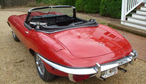 1969 Jaguar E-Type XKE Roadster DHC