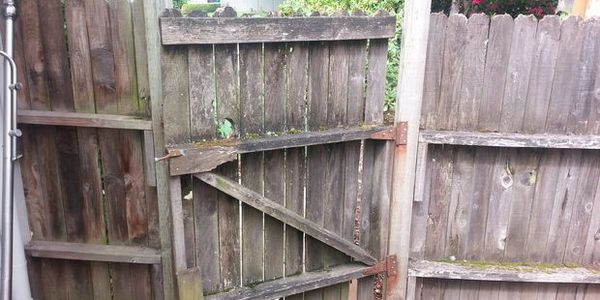 Fence Repair Company Diamond Back Fence Amp Stain