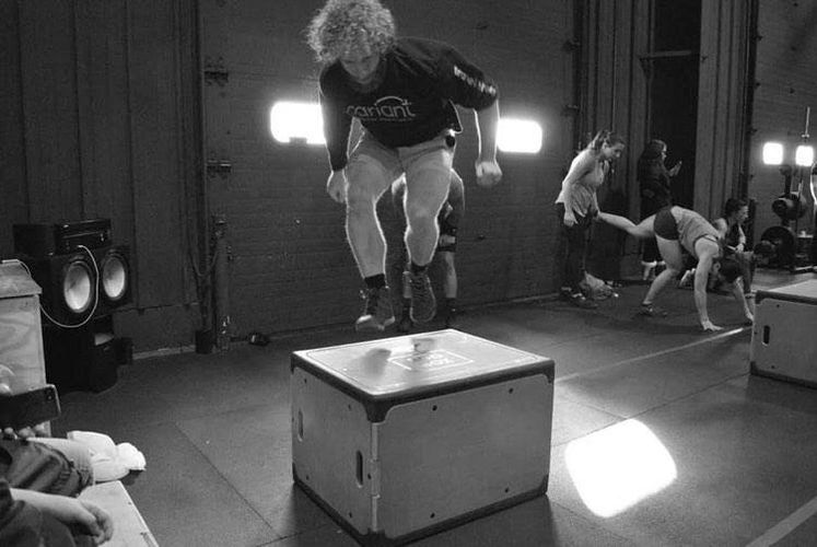 roobox box jumps crossfit fitness workout