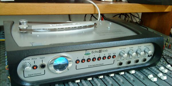 Echoverb Tape Echo Machine