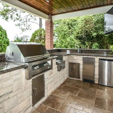 Outdoor living, outdoor kitchen, outdoor kitchen remodel, outdoor fireplace, outdoor firepit