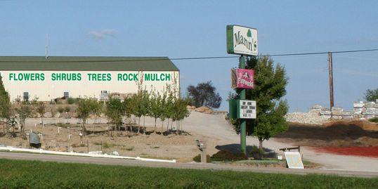 ... landscape professionals throughout Saint Joseph and Northwest Missouri  have chosen Mann's as their one-stop lawn, garden, and landscape supply.  store. - Lawn, Landscaping, Garden Center Supplies - Mannslandscaping.com