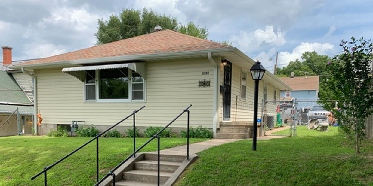 photo of Renovated Ranch at 2305 South 18th Street in St. Joseph, MO. Features 3-bedrooms, 2-baths.