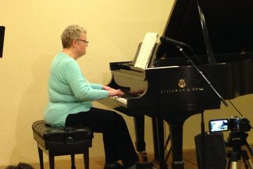 Adult Piano Lessons at the Las Vegas Piano School