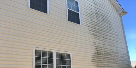 clean and dirty vinyl siding