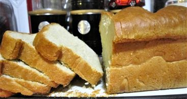 white sandwich bread - sliced