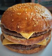 90 Minute Burger Buns - Caroline's easy Baking Lessons