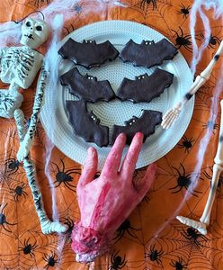 Scary Chocolate Sandwich Cookie Bats and Halloween staging