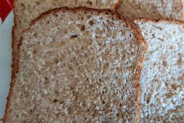 close up of a sliced whole-wheat quickr sandwich bread slice