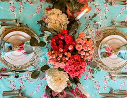 #tablescape #tablesetting #springtablescape #tabletour #englishgarden #freshflower