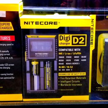 Nitecore. Charger. 18650. Battery. Batteries
