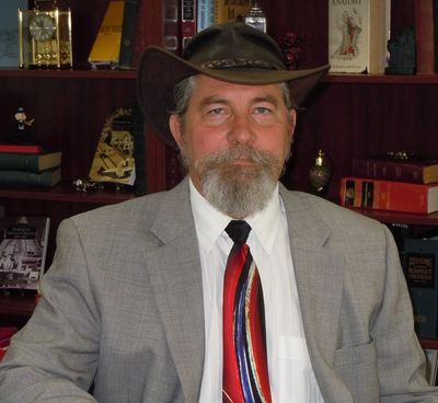R. Allen Baylis, Allen Baylis, Criminal Defense Attorney, Lawyer, Lawyer in a cool hat, Traffic