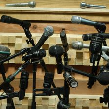 we have one of the largest selection of dynamic microphones in the bay