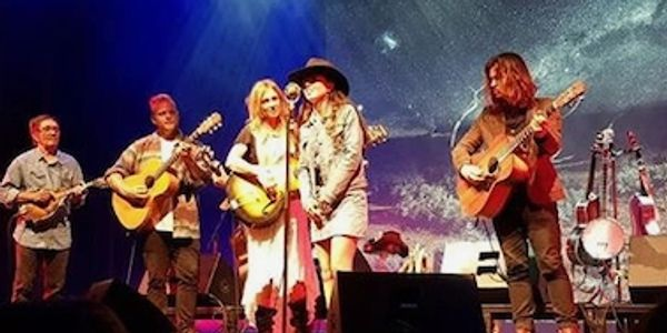 My biggest hero Kasey Chambers and I had the great fortune to sing on stage with her
