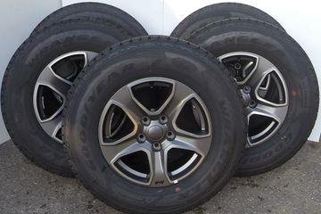 Wheel number VH24TRMAA Wrangler Sport S Upgrade, Bridgestone Dueler A/T 245/75/17 tire
