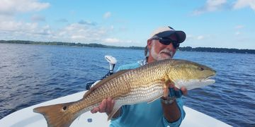 Neuse River redfish, specks, stripers fishing guide