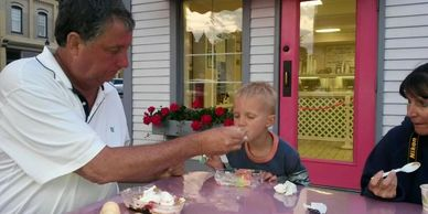 Everyone who stays at Betsie Bay House enjoys our local ice cream shops!