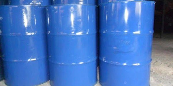Chúng tôi cung cấp sỉ lẻ các loại dung môi pha sơn, chất đóng rắn, chất nhanh khô, chất chậm khô, ch