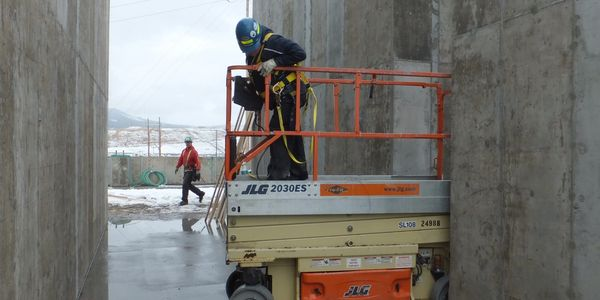 Flat Slab Scissor Lift Training in Kelowna, BC