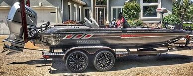 Charger boats 210 elite 198 Elite Champion