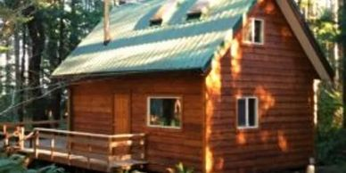 A sweet little log cabin, waiting just for you!
